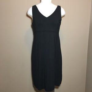 Athleta Black V Neck Sleeveless Dress